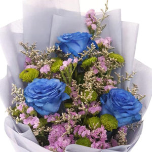 3-stems-Blue-Roses-Bouquet