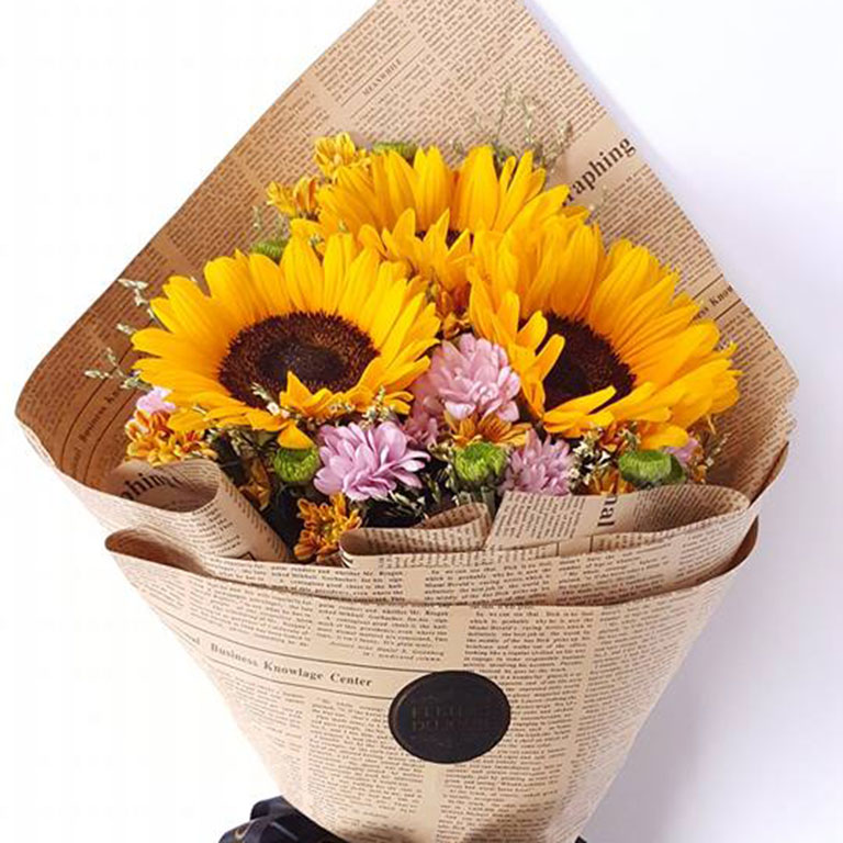 3-stems-Sunflowers-Bouquet