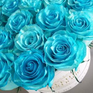 Large-Luxury-Box-with-Aqua-Blue-Roses