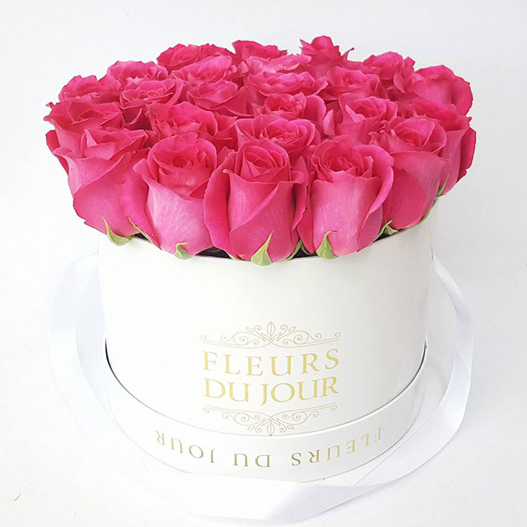 Large-Luxury-Box-with-Fuchsia-Roses