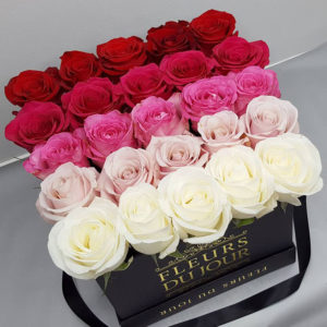 Large-Luxury-Box-with-Ombre-Roses
