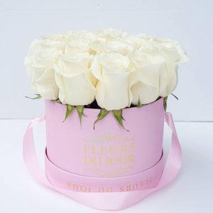 Medium-Luxury-Box-of-White-Roses