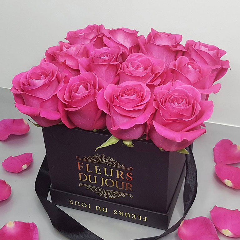 Small-Luxury-Box-with-Fuchsia-Roses
