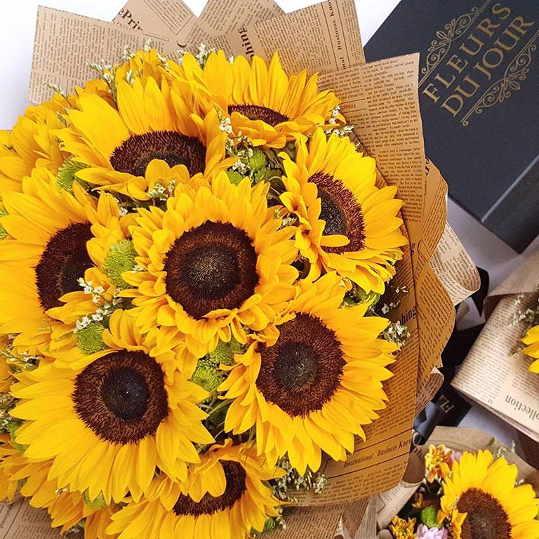 Sunflower-Round-Bouquet
